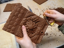 Making ceramic tiles